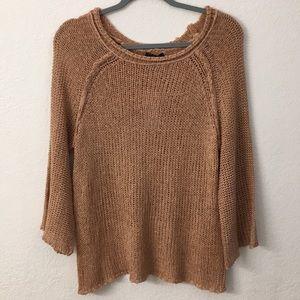 Aakaa sweater size large